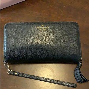 Kate Spade ♠️ large wristlet wallet